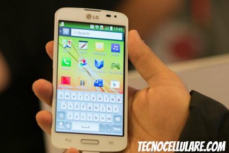 lg-f70-con-4g-lte-ecco-il-nuovo-smartphone-android-economico