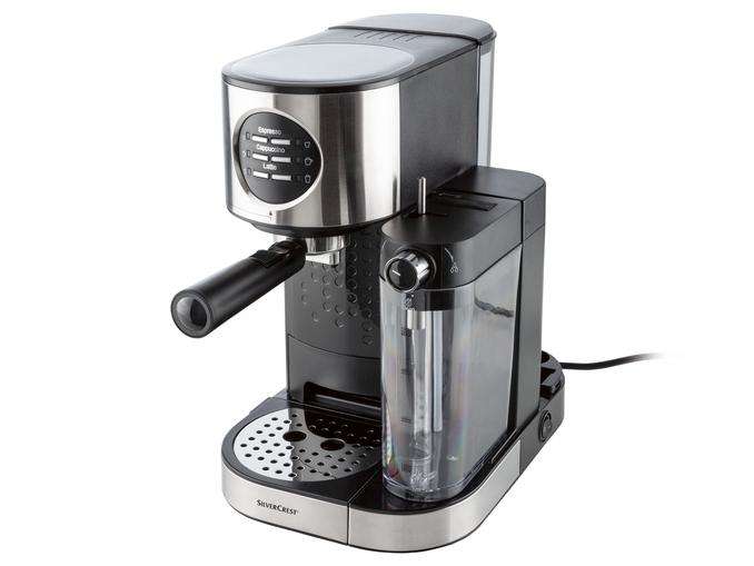 Macchina per caffè espresso SilverCrest economica in offerta: da Lidl al prezzo di 99 euro!